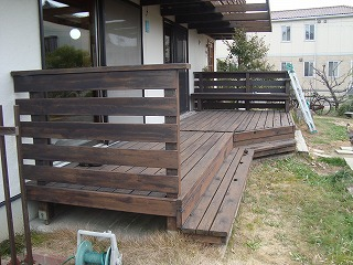 木製バルコニーとデッキのリフォーム_f0059988_1550294.jpg