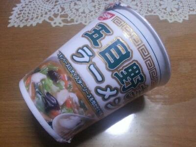 日清 × 西友コラボ  五目野菜ラーメン ¥88_b0042308_15145533.jpg