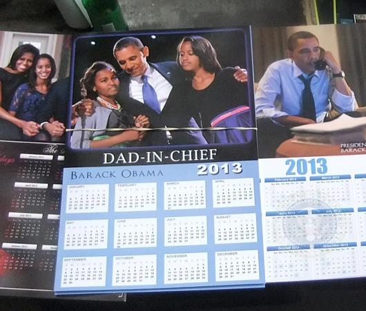 オバマさん一家の家族写真カレンダー_b0007805_11364078.jpg