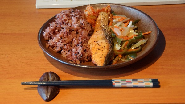 お昼は焼き魚_e0166355_125339.jpg