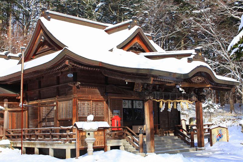 神札をいただきに義経神社へ _a0160581_819916.jpg