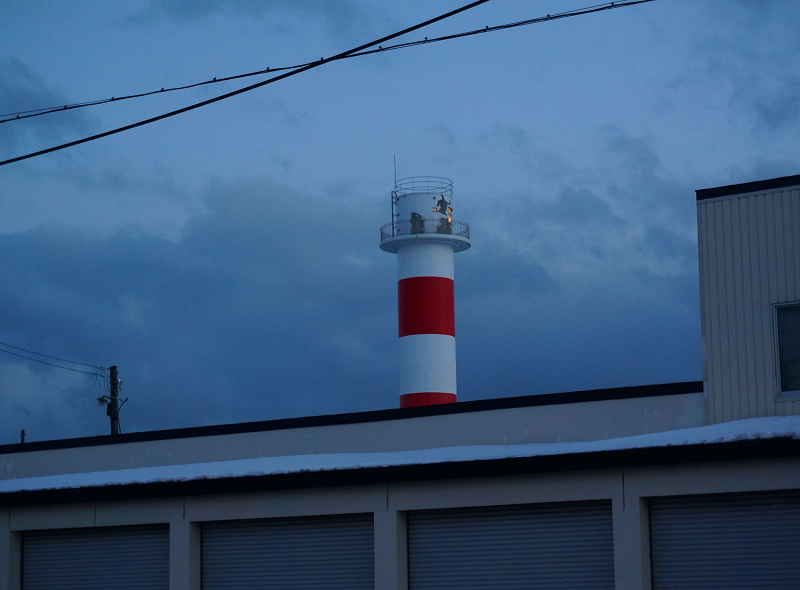 ARUPY君の最後のトリミングへ 途中の苫小牧の灯台_a0160581_8524922.jpg