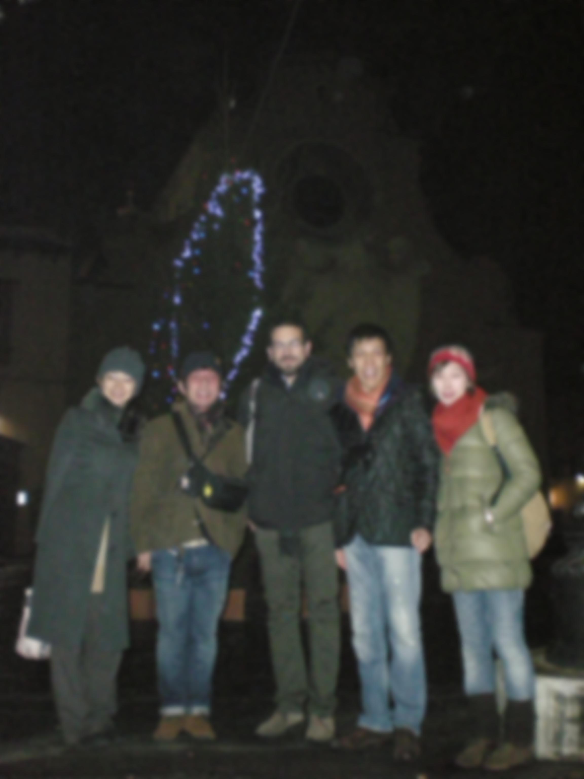 日本人5人+イタリア人の新年の乾杯!!!_c0179785_1715215.jpg