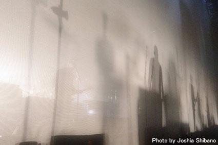 新春スペシャル!シバノ・ジョシア撮り下ろしシガーロス、アイスランド公演!_c0003620_2336143.jpg