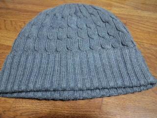 毛糸の帽子は暖かいんです!_d0027486_18533477.jpg
