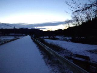 夜明け前の川内村_d0027486_733541.jpg