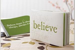 新年の読書に良いかも? ポジティブ名言本ビリーブ〔Believe: A gift to celebrate new beginnings〕_b0007805_12441656.jpg