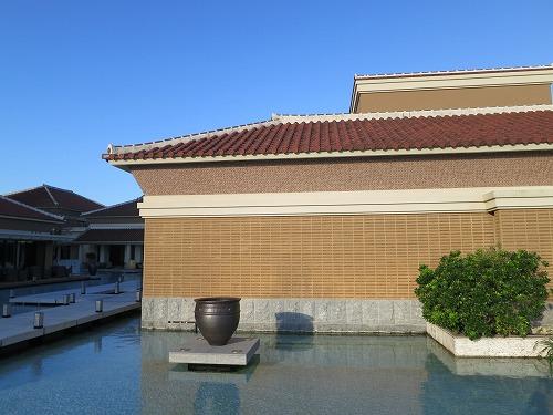 10月 リッツカールトン沖縄 朝食後の散歩_a0055835_1827354.jpg