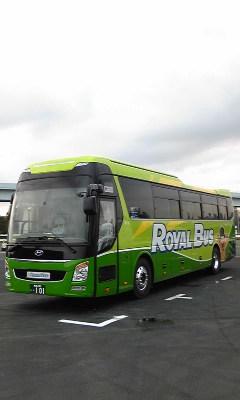 ロイヤルバスのユニバース_e0004218_14574389.jpg