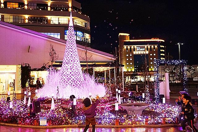 湘南テラスモールのクリスマスイルミネーション_b0145398_2124425.jpg