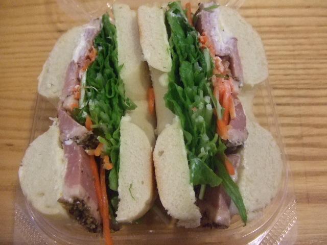 B&B 合鴨ローストとシャキシャキ野菜サンド~ゆず風味~  _f0076001_2343017.jpg