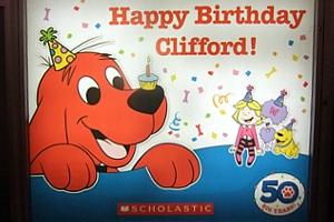 NY生まれのワンちゃんの人気絵本キャラクター Clifford the Big Red Dog_b0007805_12424814.jpg