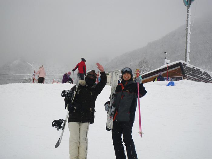 雪遊び満喫 頂上は真っ白け_c0120834_2010171.jpg