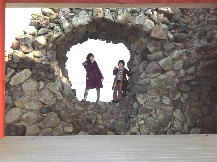 国東のさらなる龍宮ゲート…長崎鼻海触洞穴_f0071303_011059.jpg