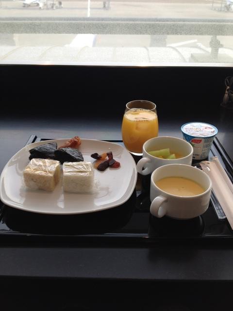 2012 年末ソウル① 改装直前の新羅ホテルへ_d0285416_0582037.jpg