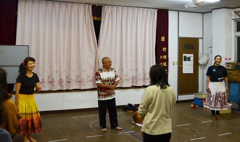ハワイアンフラ「加計呂麻教室」始まりました♪_e0028387_22121137.jpg
