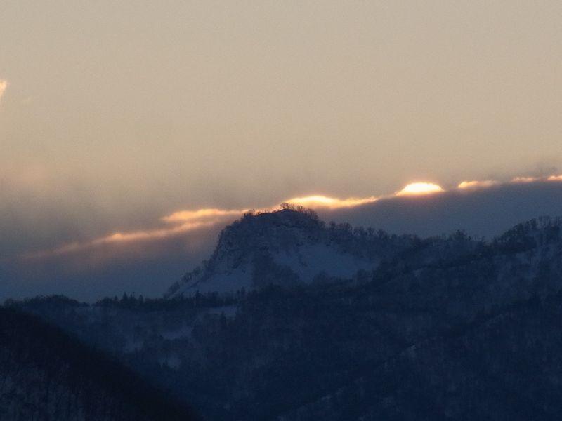 日の出の色と日の入りの色_c0025115_18231552.jpg