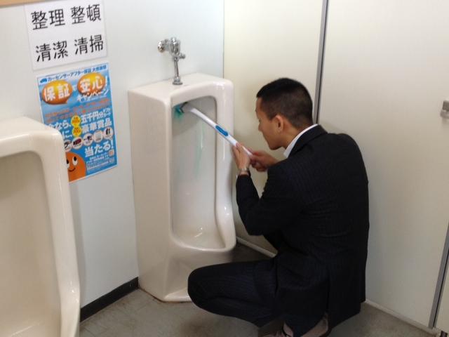ランクルTOMMY Jrブログ(=^・・^=) T様ランクル100、A様アイシスご成約!!_b0127002_1934444.jpg
