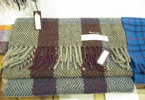 「たまごくんたちてん」(常設展)-茅 まり 織物作品 壁面展示-_e0134502_19153253.jpg