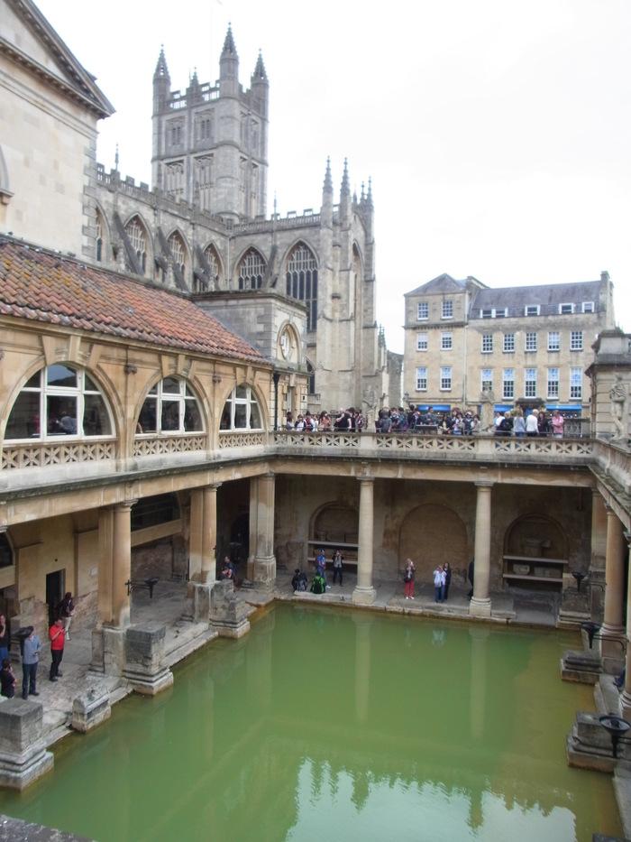 ローマ時代の浴場 ローマンバス(The Roman Baths)_d0116009_10582985.jpg