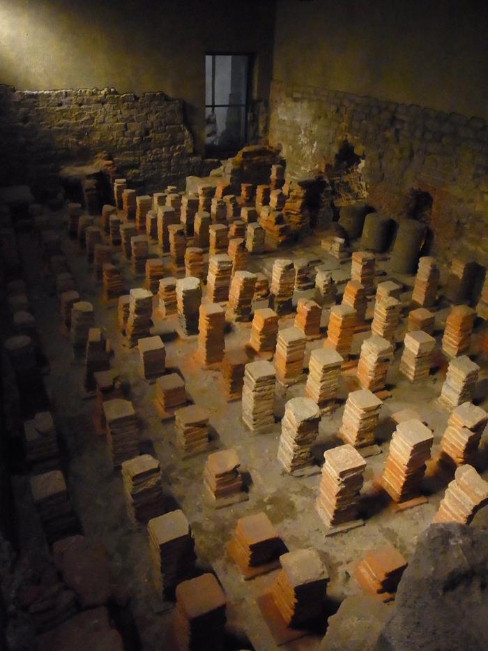 ローマ時代の浴場 ローマンバス(The Roman Baths)_d0116009_1175370.jpg