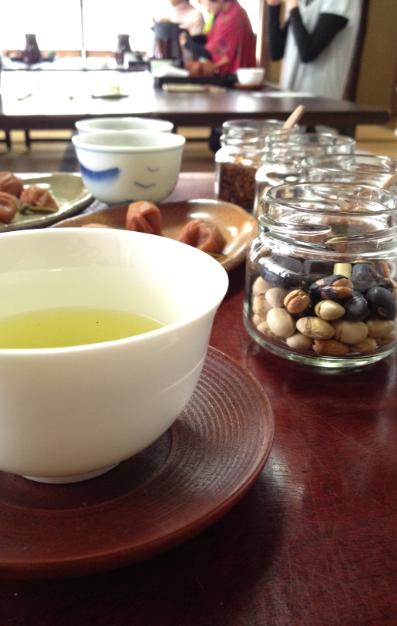 茶和や香(9)、午後のお茶会_b0220318_2234583.png