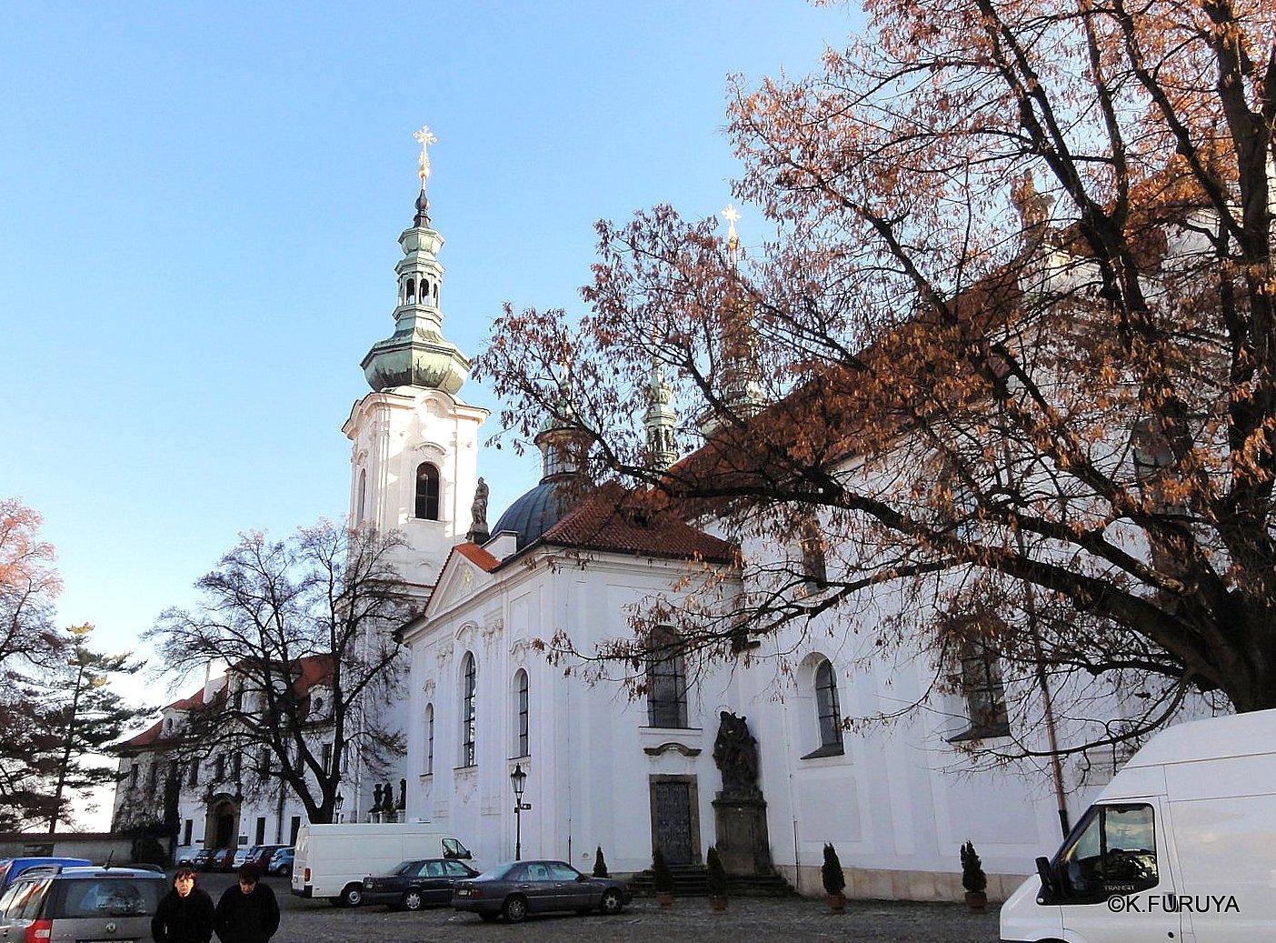 プラハ 1  ストラホフ修道院_a0092659_21242617.jpg