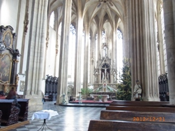 Czech Republic チェコ第2の都市ブルノ_e0195766_22323534.jpg
