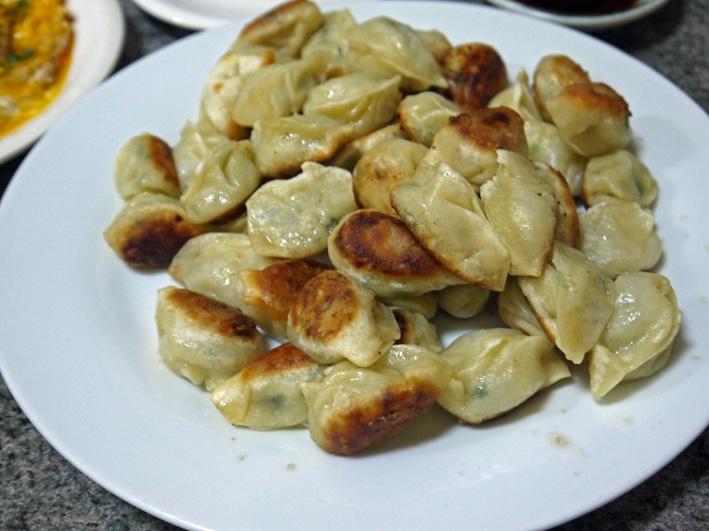 一度食すると癖になってしまう一口餃子:雲龍亭(長崎市)_c0014967_1845362.jpg
