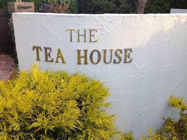THE TEA HOUSE_e0292546_031699.jpg