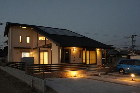 ~家事効率のいい暮らしを楽しむ~★やわらかな光に包まれる家★の写真をホームページに記載しました_d0082356_213476.jpg