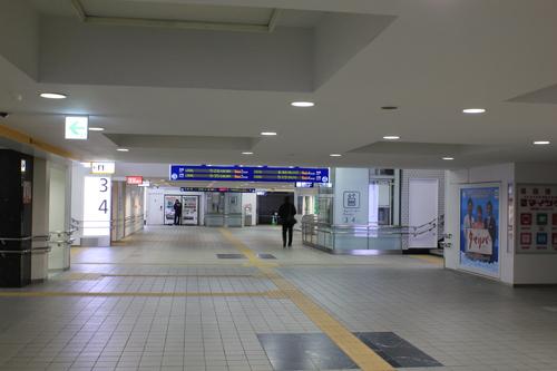 青春18きっぷ 鹿児島帰郷の旅 博多駅_d0202264_1675136.jpg