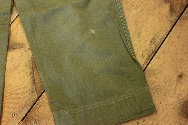 USMCのヘリンボーンパンツ。_d0121303_1413165.jpg
