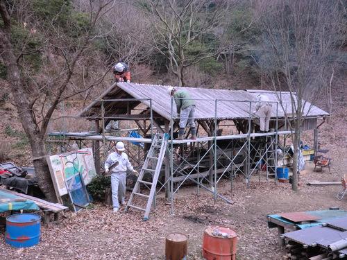 「バンブーハウス」古い屋根竹材解体  by  「仁べ」_e0228405_21291590.jpg