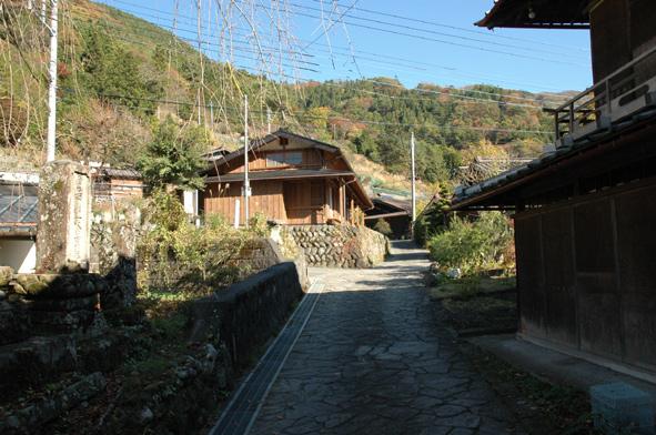 重要伝統的建造物群保存地区 赤沢宿を訪ねる_a0147436_161896.jpg