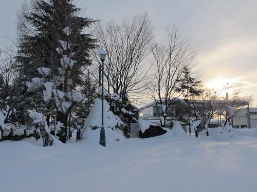 ~青春の詩碑~ 積雪の比較_c0075701_10322542.jpg