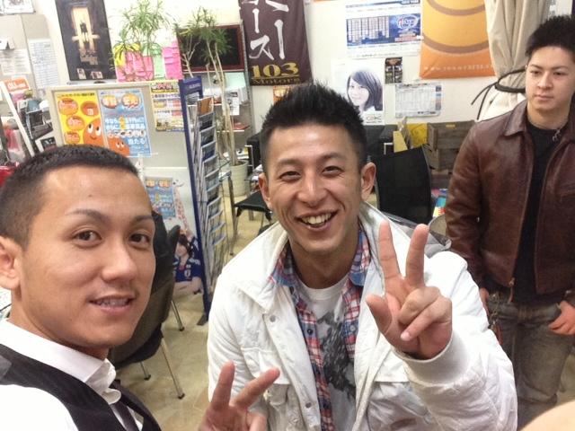 トミー ランクル 札幌_b0127002_1374368.jpg
