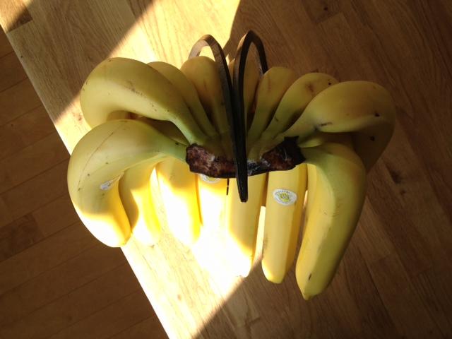 バナナスタンドが出来ました。_a0148909_16152677.jpg