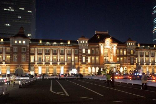 夜の東京駅_d0004728_9373170.jpg