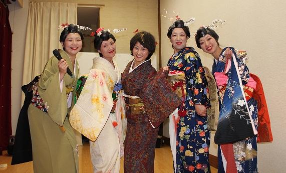 新年宴会_e0208600_189750.jpg