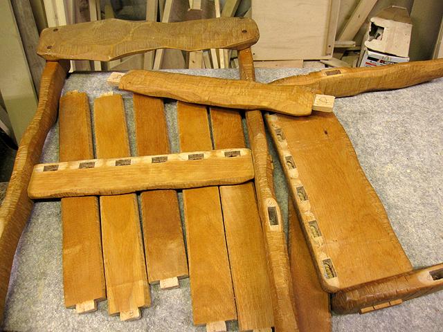 椅子とテーブルの修理_e0072513_16372939.jpg