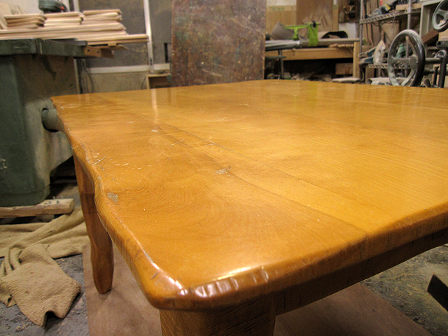 椅子とテーブルの修理_e0072513_16424470.jpg