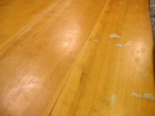 椅子とテーブルの修理_e0072513_16455541.jpg