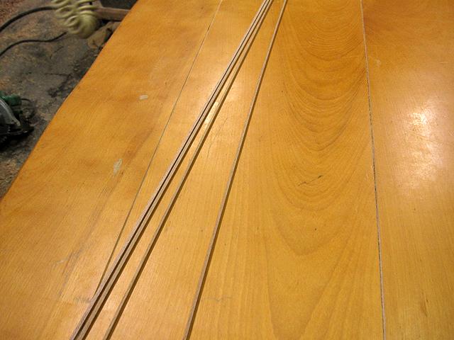 椅子とテーブルの修理_e0072513_1646334.jpg