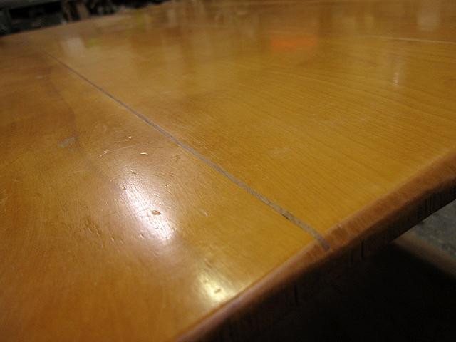 椅子とテーブルの修理_e0072513_1648276.jpg