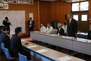 浜田復興副大臣  村内視察!_d0003224_11321148.jpg