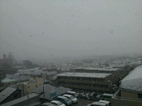 大雪(>_<)_e0128526_22522989.jpg