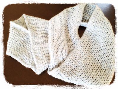手編みのおそろいスヌード。_e0258469_1243145.jpg
