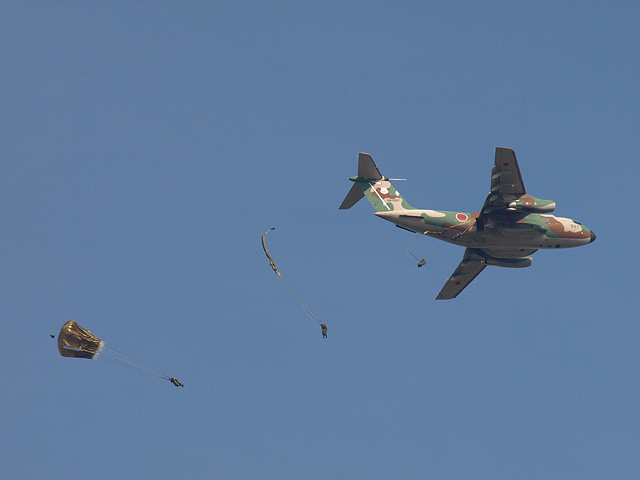 陸上自衛隊 第1空挺団 降下訓練始め その1 (1/13)_b0006870_18482344.jpg