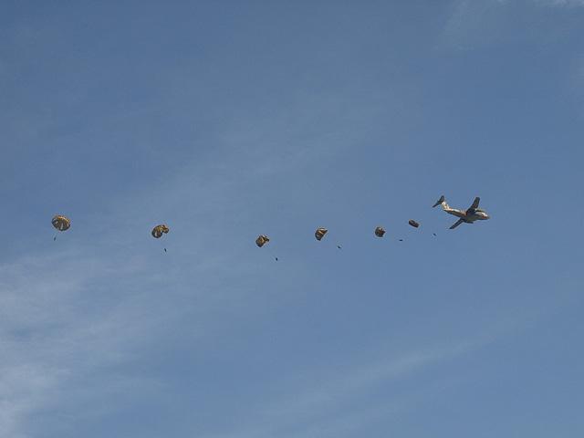陸上自衛隊 第1空挺団 降下訓練始め その1 (1/13)_b0006870_18484439.jpg